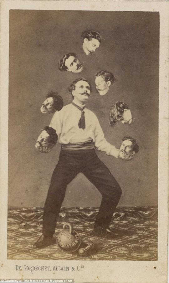 E por falar em cabeça... Malabarismo com cabeças, de 1880