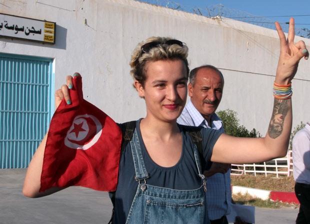Anna Hutsol, líder do Femen, mostra nesta terça-feira (27) o escritório do grupo em Kiev (Foto: Reuters)