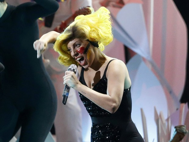 Lady Gaga canta no VMA 2013 (Foto: Reuters/Lucas Jackson)