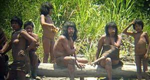 Como vivem isolados, os Mascho-Piro podem morrer ao contrair doenças de pessoas de fora da tribo. (Foto: Reuters)