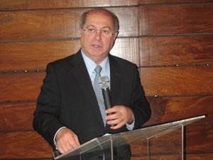 Ministro Paulo Bernardo falou nesta quarta-feira (28) em São Paulo (Foto: Gabriela Gasparin/G1)