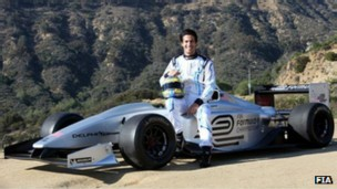 O brasileiro Lucas di Grassi, que já passou pela Fórmula 1, é o piloto de testes da Fórmula E (Foto: FIA/BBC)