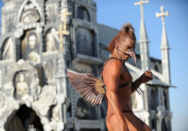 Participante chamou atenção durante o festival 'Burning Man' (Foto: Andy Barron/Reno Gazette-Journal/AP)