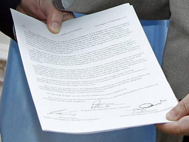 16/9 - Close no relatório sobre o uso de armar químicas entregue ao secretário-geral da ONU (Foto: Paulo Filgueiras/UN Photo/Reuters)