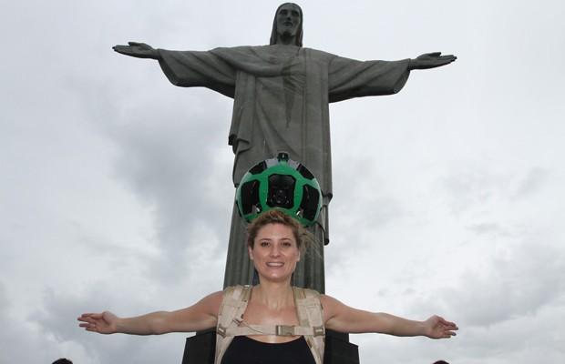 Funcionária do Google que participou da captação das imagens do Cristo Redentor para o serviço Street View. (Foto: Divulgação)