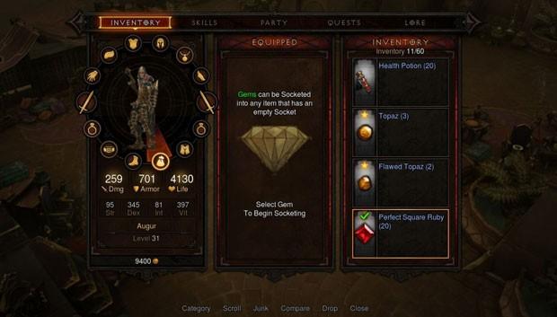 Tela que permite selecionar armas e armaduras para o personagem, além das habilidades especiais (Foto: Divulgação/Blizzard)