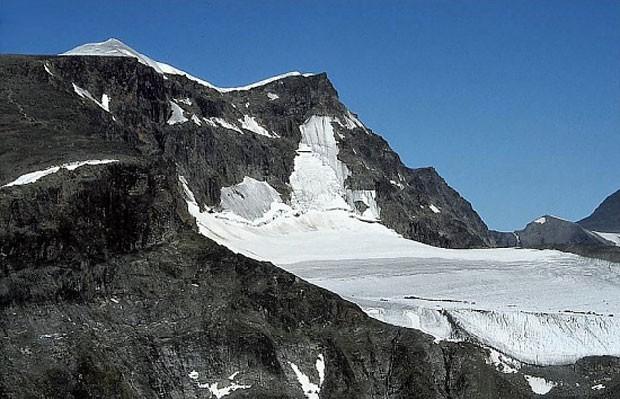 Na Suécia, montanha Kebnekaise está sofrendo com a mudança climática (Foto: Mg-k/Wikimedia Commons)