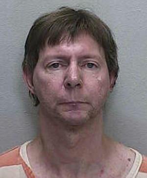 Richard Hummel foi preso após apontar arco e flecha para policial na Flórida (Foto: Divulgação/Marion County Sheriff's Office)