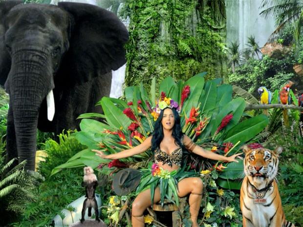 Katy Perry no clipe de 'Roar' (Foto: Divulgação)