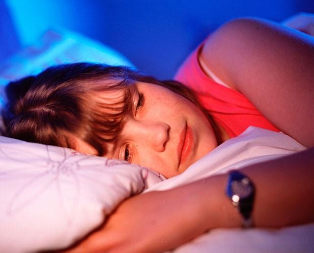 Dormir libera mielina, substância que protege o circuito do cérebro, dizem cientistas (Foto: BBC)