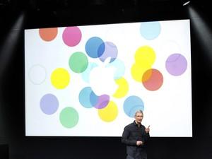 Tim Cook, CEO da Apple, no evento da empresa nesta terça-feira (10) (Foto: Stephem Lam/Reuters)