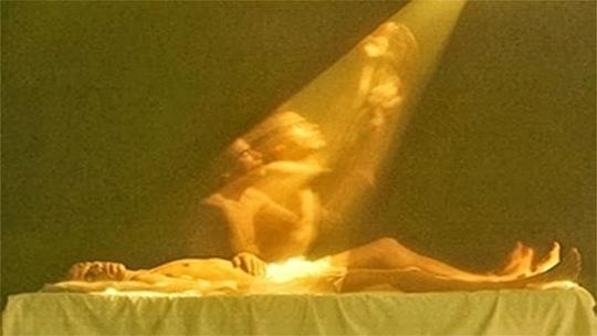 Cientista teria conseguido fotografar a alma saindo do corpo! Verdadeiro ou falso? (foto: Reprodução)