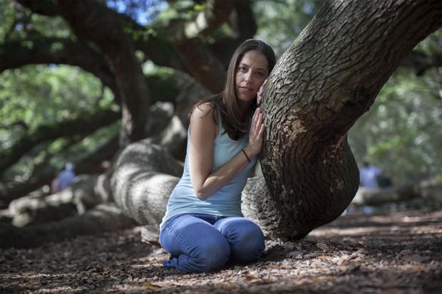 """Samantha Siegel, de 31 anos, é a organizadora da petição """"Save the Angel Oak"""", que busca arrecadar fundos para proteger o carvalho. (Foto: Reuters/Randall Hill)"""