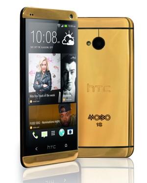 HTC irá lançar versão do One em ouro 18 quilates (Foto: Reprodução/MOBO Awards)