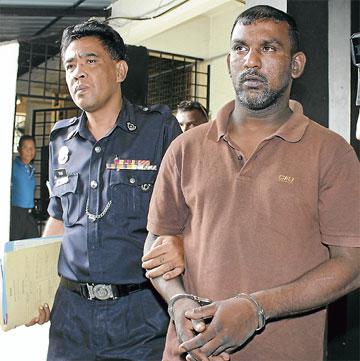 T. Rajasegaran é padrasto da vítima e foi preso! (foto: Divulgação)