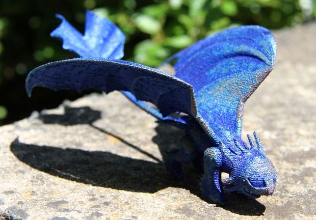 Cientistas da Organização Australiana de Investigação Científica e Industrial (Csiro) criaram dragão para a menina Sophie Lester (Foto: Csiro/AFP)