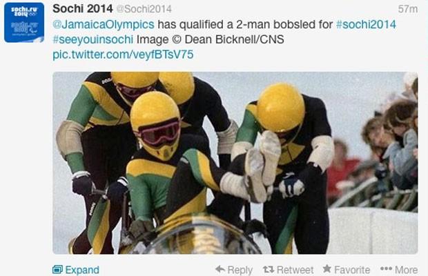 Perfil no Twitter das Olimpíadas de Inverno de Sochi, na Rússia, tuíta classificação do time de bobsled da Jamaica para a competição. (Foto: Divulgação/Twitter.com)