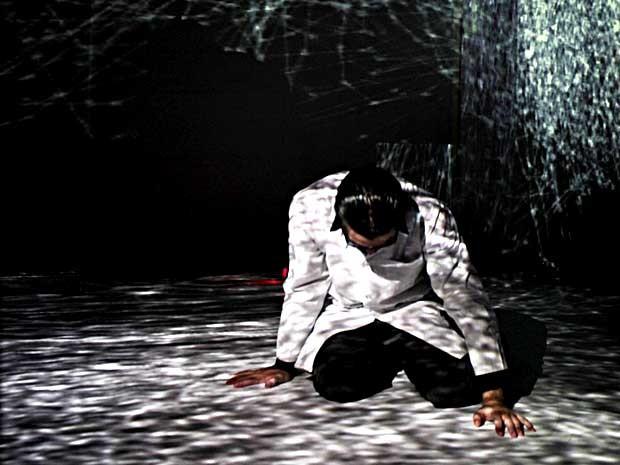 Imagem do espetáculo Um-Fausto, que faz parte da programação do Festival Internacional de Arte e Tecnologia (Foto: Felipe O'Neill/Divulgação )