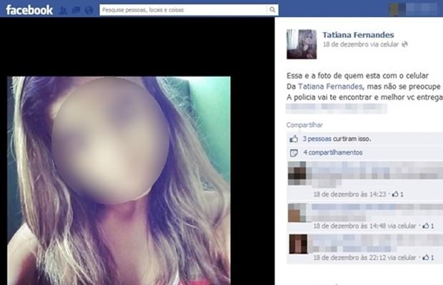 Suspeita de furtar celular posta foto no Facebook da dona do aparelho em Goiânia (Foto: Reprodução/Facebook)