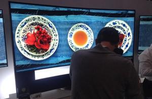 Além da alta definição das TVs 4K, o que impressiona é o tamanho dos aparelhos (Foto: Gustavo Petró/G1)