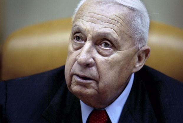 Ex-premiê de Israel Ariel Sharon teve piora no quadro (Foto: Oded Balilty/AP)