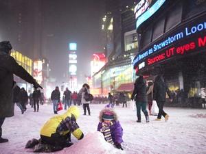Nevasca nos EUA (Foto: John Minchillo/AP)