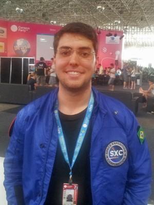 Pedro Nehme, estudante brasileiro que irá ao espaço, palestrou na Campus Party Brasil 2014 (Foto: Bruno Araujo/G1)