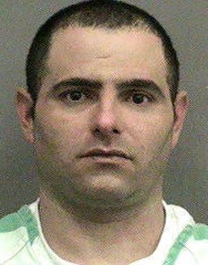 Scott Patrick Harmon foi parado por não usar o cinto e acabou preso por transportar 16 kg de maconha (Foto: Divulgação/Alachua County Jail)