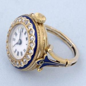 Relógio-anel de 1999999