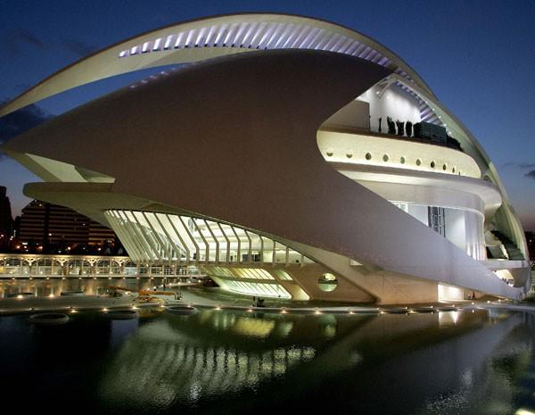 Ópera de Valência, em foto de 2005, da inauguração do edifício. (Foto: Fernando Bustamante/AP Photo)