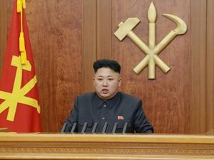 Kim Jong-un justificou em discurso execução de seu tio (Foto: Kyodo/Reuters)