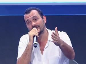 Alê Yousseff, apresentador do programa 'Navegador' (Foto: Reprodução/G1)