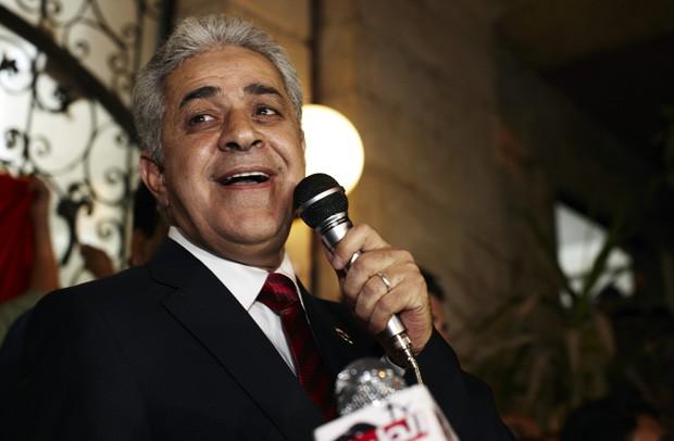 Hamdeen Sabahi em foto de maio de 2012. Líder da esquerda no Egito anunciou candidatura à presidência neste sábado (8) (Foto: Fredrik Persson/AP)