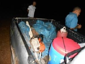 Motoserras e combustível apreendidos pelo Imap, em Mazagão (Foto: Divulgação/Imap)