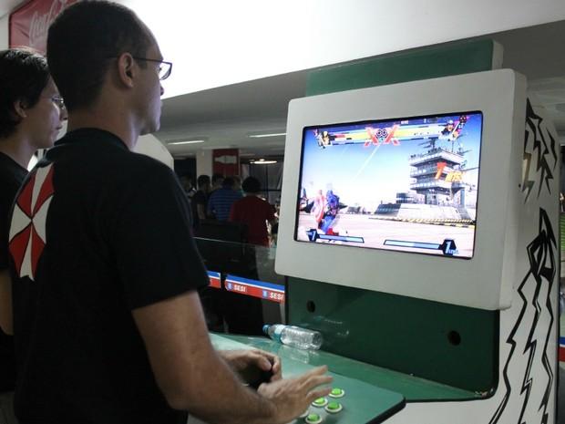 Games antigos foram os mais procurados pelos visitantes da Manaus Game Party neste sábado (26) (Foto: Camila Henriques /G1 AM)