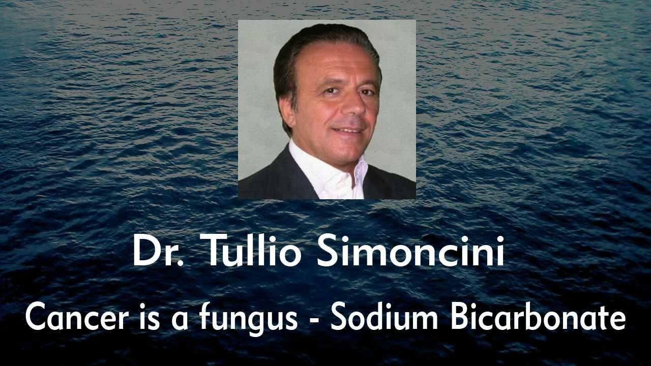 Médico italiano Tullio Simoncini teria descoberto a cura definitiva para o câncer com bicarbonato de sódio! Será verdade? (foto: Reprodução/YouTube)