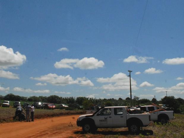 Grupo de agricultores deve permanecer acampado no local para impedir que técnicos do Indert tenham acesso à Colônia Santa Luzia (Foto: Wilson Ferreira / Arquivo Pessoal)
