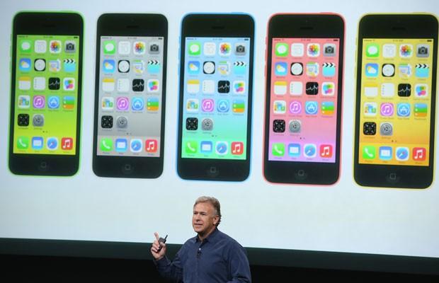 iPhone 5C é o smartphone de 'baixo custo' da Apple (Foto: Divulgação/Apple)