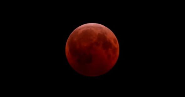 Fenômeno das Luas Sangrentas anuncia fim do mundo! Será verdade? (foto: reprodução)