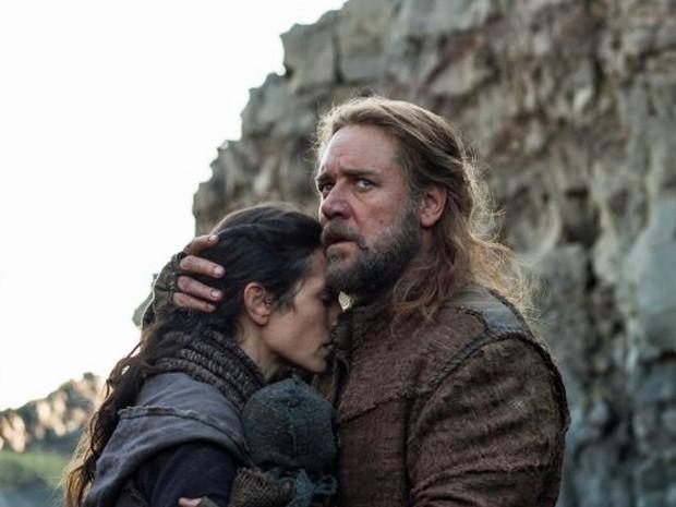 Jennifer Connelly e Russell Crowe em 'Noé' (Foto: Divulgação)