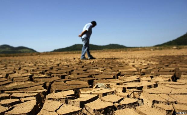 Brasil sente os efeitos das altas temperaturas e de chuvas insuficientes (Foto: Reuters/BBC)
