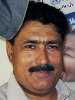 Shakil Afridi é acusado pelo governo do Paquistão de ter cooperado com a CIA para identificar o paradeiro de Bin Laden (Foto: AP)