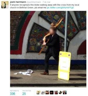 Ao devolver o crucifixo, homem se disse arrependido (Foto: Reprodução/Twitter)