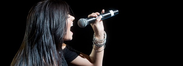 Demi Lovato canta em São Paulo em 2010 (Foto: Daigo Oliva/G1)