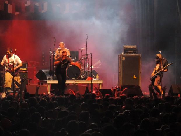 Olho Seco, no Abril pro Rock (Foto: Katherine Coutinho / G1)