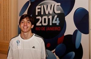 Rafael Fortes é campeão brasileiro de 'Fifa 14' (Foto: Divulgação/FIWC)