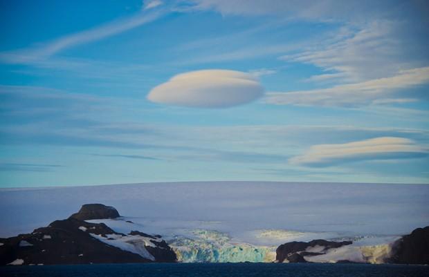 Vista da Antártica do navio Ary Rongel em 4 de março (Foto: AFP Photo/Vanderlei Almeida)