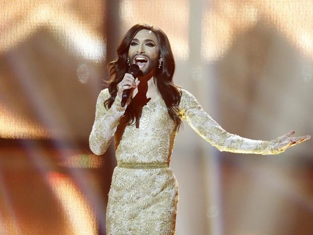 Conchita Wurst se apresneta neste sábado (10) na final do concurso musical Eurovision (Foto: AP/Frank Augstein)