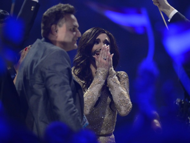 Conchita se emociona com o anúncio do Eurovision 2014 (Foto: AFP/Jonathan Nackstrand)
