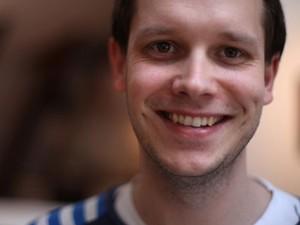 Peter Sunde, um dos fundadores do site de compartilhamento de documentos na internet 'The Pirate Bay'. (Foto: Divulgação/Partido Pirata da Finlândia)